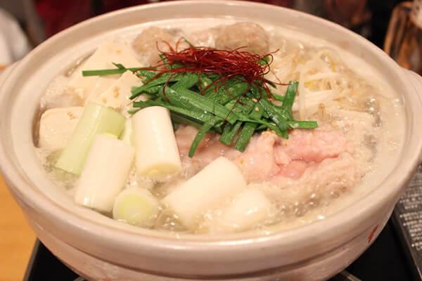浜松産牛ホルモンの塩てっちゃん鍋